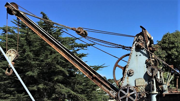 crane testing.1909 steam-powered rail mounted crane. Photo by Dennis O'Rourke
