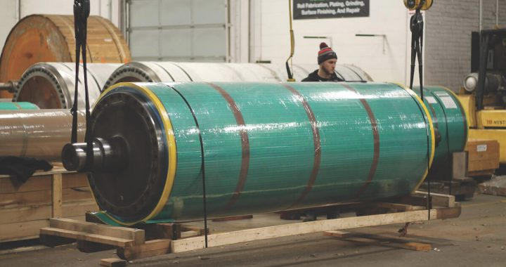MP&P Preparing an industrial roll to be serviced.