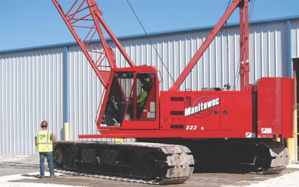Crane Tech training crane operators with a Manitowoc